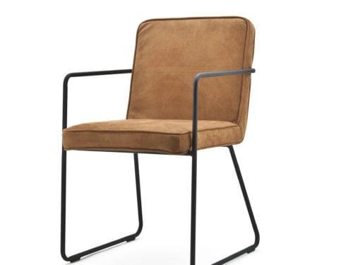 Snugg By-Boo_Charly konjakinvärinen käsinojallinen tuoli
