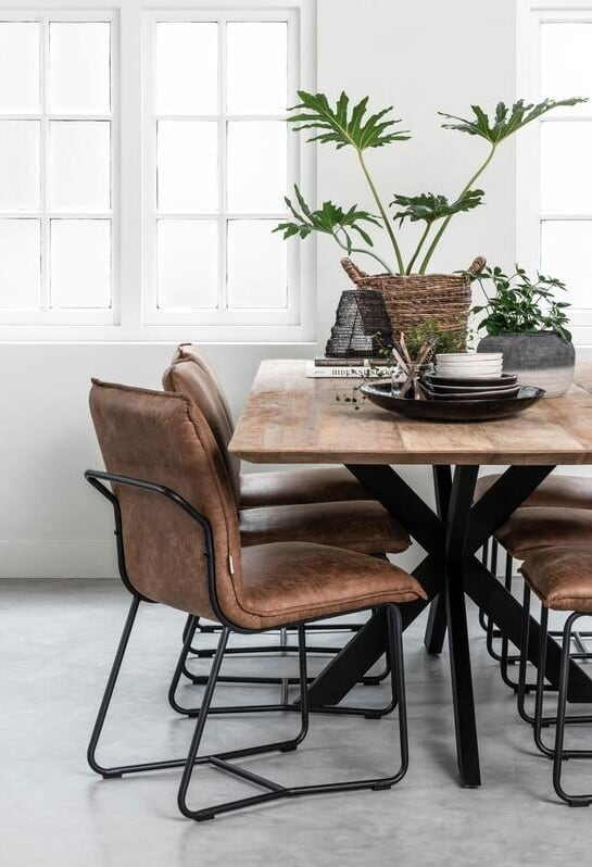 Snugg ti-curves-dining-table ruokapöytä