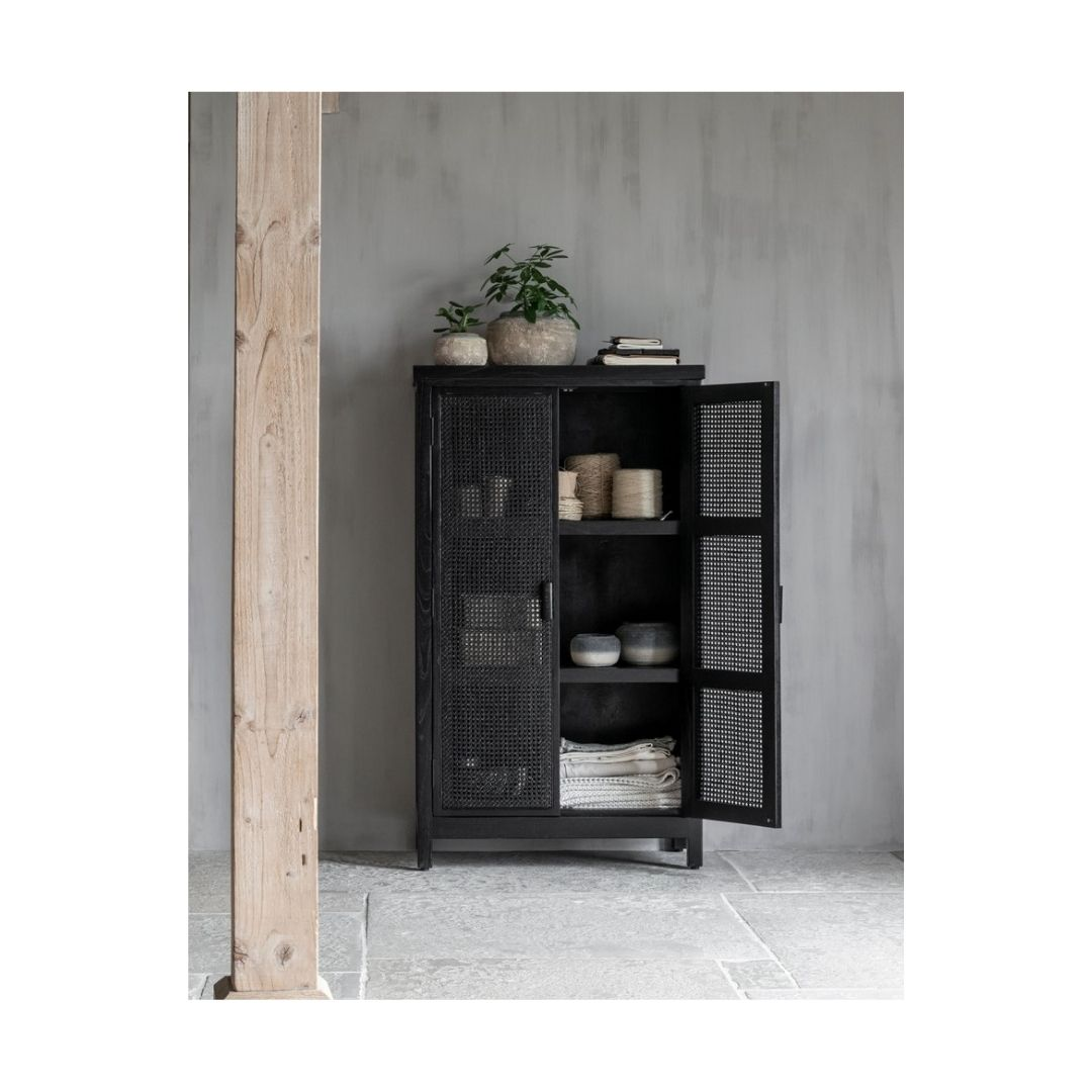 Snugg Must Living-cupboard-provence-black-1