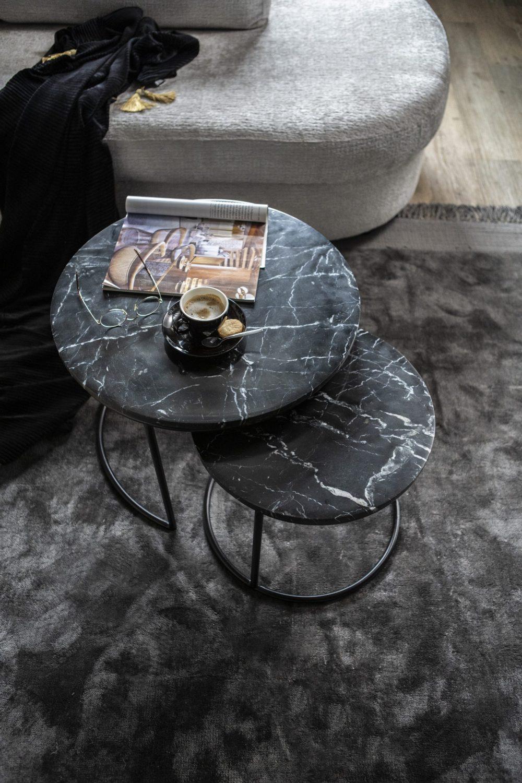 Snugg Romeo, mustat sohvap?yd?t, marmoria